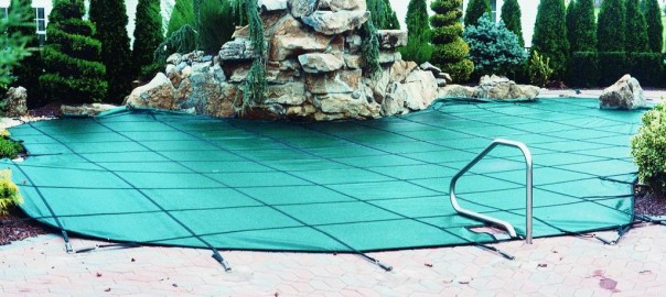 energy-efficient-pool-cover
